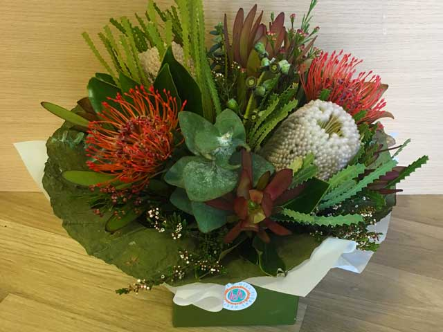 Online flower store in Airlie Beach